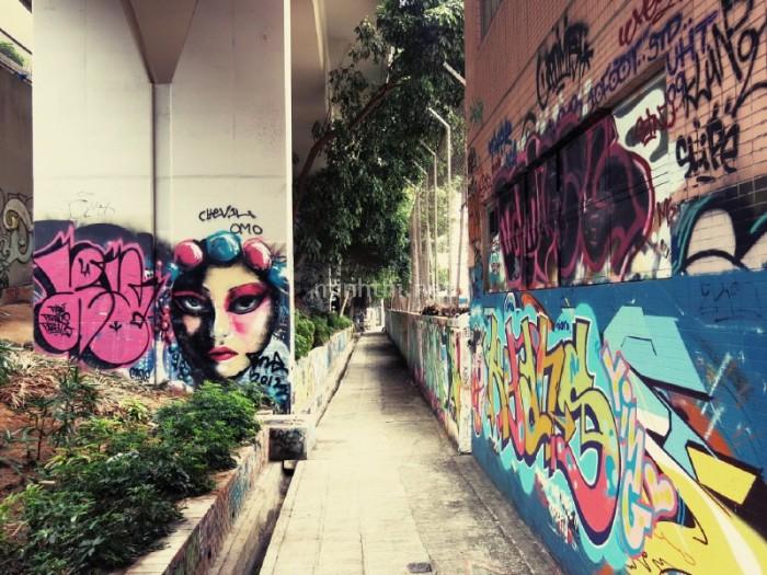 Nghệ thuật graffiti đường phố
