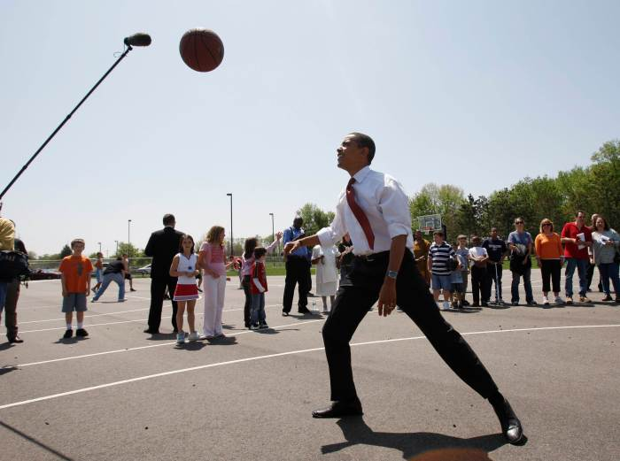 U.S. Presidential candidate Obama plays basketball in Elkhart