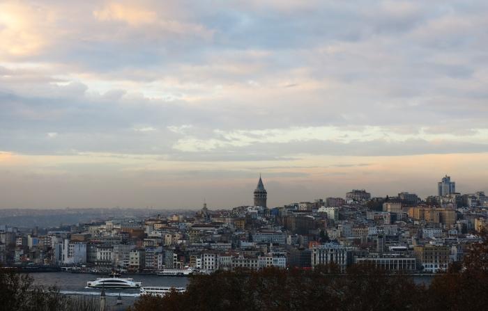 Istanbul nhin tu cung dien Topkapi